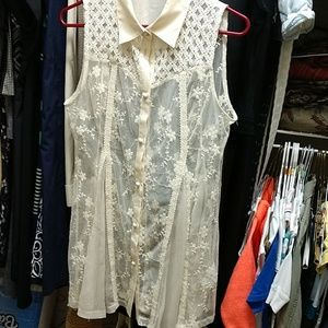 Ryu lace top